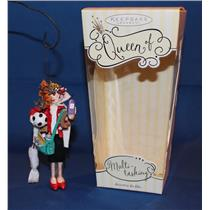 Hallmark Keepsake Ornament 2005 Queen of Multi-Tasking - #QEC1852