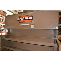 Knaack Jobsite Piano Box 72 in. long 30 in. wide 55 in. tall