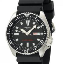 Seiko Men's SKX173. Automatic Diver's. Urethane Black Strap. Heavy Steel Case. Black Dial Watch.