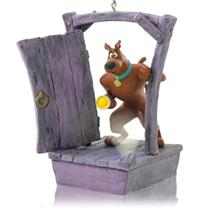 Hallmark Magic Ornament 2014 Scooby Gets Spooked - Scooby Doo - #QXI2453