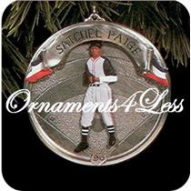 1996 Baseball Heroes #3 - Satchel Paige - QX5304
