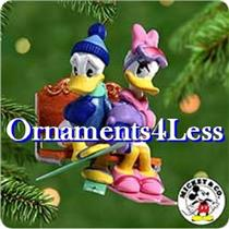 2000 Romantic Vacations #3 - Donald and Daisy at Lovers Lodge - QXD4031 - SDB