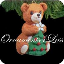 1990 Porcelain Bear #8 - Cinnamon Bear - QX4426