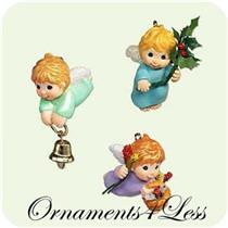 2005 Angelic Trio - Set of 3 Miniature Ornaments - QXM8162
