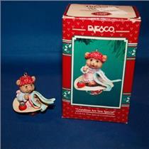 Enesco 1994 Grandmas Are Sew Special -- #595594 WITH A STICKER