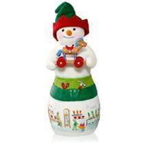 Hallmark Series Ornament 2015 Snowtop Lodge #11 - Hans K Woodsworth - #QX9069