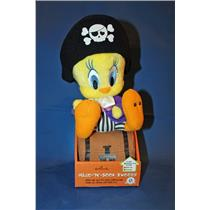 Hallmark Halloween Techno Plush 2009 Hide N Seek Tweety - Looney Tunes - KID2026