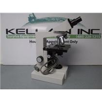 Ernst Leitz GMBH Wetzlar 020-446.024 120V 0.15A 10 Watt Microscope 4 Objectives