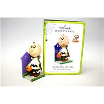 Hallmark Ornament 2011 A Little Bite of Fright Peanuts Charlie Brown QFO5227-SDB
