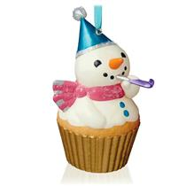 Hallmark Series Ornament 2015 Keepsake Cupcakes #6 - New Year's Snowman #QHA1041