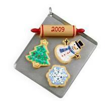 Hallmark Series Ornament 2009 Season's Treatings #1 - #QX8242