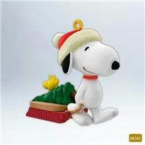 Hallmark Miniature Series Ornament 2012 Winter Fun with Snoopy #15 - #QXM9001