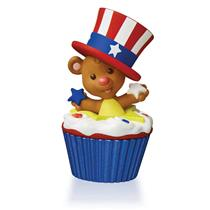 Hallmark Series Ornament 2016 Keepsake Cupcakes #12 - Star Spangled Bear QHA1047