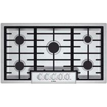 """Bosch Benchmark Series 36"""" 5 Sealed Burners Low-Profile Gas Cooktop NGMP655UC"""