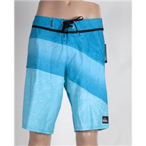 Quiksilver Men's Inclined 20: Boardshorts Blue 32