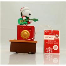 Hallmark 2011 Snoopy - Wireless Peanuts Band - Playing the Guitar - #XKT1000