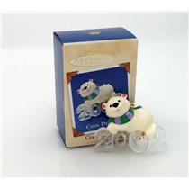 Hallmark Series Ornament 2002 Cool Decade #3 - Polar Bear - #QX8016-NMC