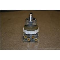 Allen Bradley 800T-J91KQ1B 3-Position Spring Return Selector Switch SER T