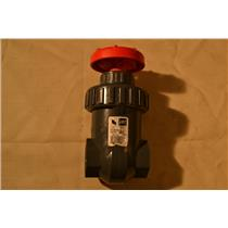 "Spears 1-1/4"" Gate Valve, IPS PVC, BUNA, 200 PSI Water 73F Threaded"