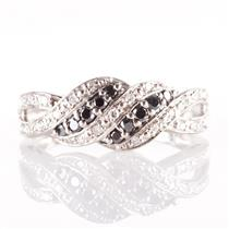 10k White Gold Round Cut Black Diamond & Diamond Ring .315ctw