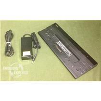 TOSHIBA Hi-Speed Port Replicator for R30 Z30 Z40 Z50 PA5116U-1PRP Dock + Adapter