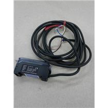 Keyence FS-V1 Photoelectric Fiber Optic Amplifier