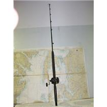Boaters' Resale Shop of TX 1707 0721.11 SHIMANO TDL25 REEL ON PENN MODEL 560 ROD