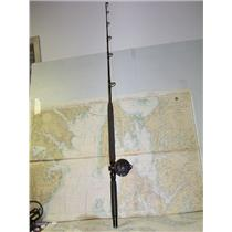 Boaters' Resale Shop of TX 1707 0721.12 SHIMANO TDL25 REEL ON PENN MODEL 560 ROD