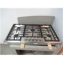 "BOSCH NGM8655UC 36"" Gas Cooktop with 5 Sealed Burners Stainless Steel"