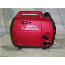 Boaters' Resale Shop of TX 1710 2772.01 HONDA 2000i COMPANION GENERATOR 30 AMP