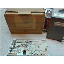 Honeywell r7305A 1012 1 120V Power Supply W/ Subbase For Heating/Cooling