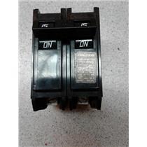 Challenger C215 2 Pole 15 Amp Circuit Breaker (1/2)