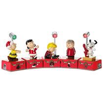 Hallmark 2017 Peanuts Christmas Dance Party Repaint Collectors Set - #XKT1847