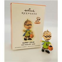 Hallmark Halloween Ornament 2009 Super Linus - Peanuts Gang - #QFO4015-DB