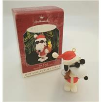 Hallmark Series Ornament 1998 Spotlight on Snoopy #1 - Joe Cool - #QX6453