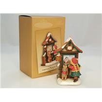 Hallmark Keepsake Club Series Ornament 2004 Christmas Window #2 - #QXC4003