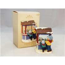 Hallmark Keepsake Club Series Ornament 2007 Christmas Window #5 - #QXC7001
