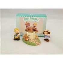 Hallmark Merry Miniatures 1999 Bashful Friends - Set of 3 Figurines - #QSM8459