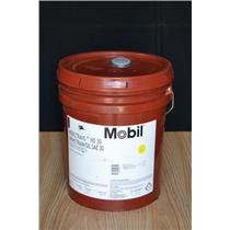 Mobil Mobiltrans HD 10W Transmission Fluid, Drive Transoil SAE 30, 5 Gallon