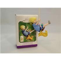 Hallmark Ornament 2000 A Swing With Friends - Disney's Classic Pooh #QEO8414-SDB
