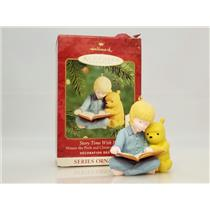 Hallmark Ornament 2000 Pooh & Christopher Robin  Story Time with Pooh QXD4024-DB
