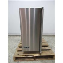 """Viking 15"""" 26 lbs. Clear Square Ice Storage Capacity Stainless Ice Maker FPIM515"""