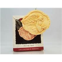 Hallmark Series Ornament 1993 Heavenly Angels #3 - #QX4945-DB