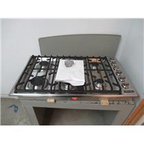 "Viking Professional 5 Series 36"" 6 Burners SureSpark SS Gas Cooktop VGSU5366BSS"