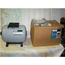 Boaters Resale Shop of TX 1807 0454.02 WAYNE 8.5 GALLON PRECHARGED WATER TANK