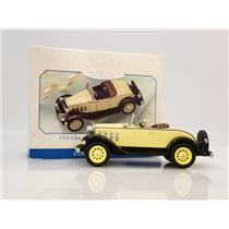 Hallmark Ornament 1999 Vintage Roadsters #2 - 1932 Chevy Sports Roadster QEO8379