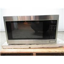 """Thermador 24"""" 2.1 CU.FT. 1200 Watts 10 Power Levels Built in Microwave MBES"""