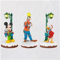 Hallmark Limited 2018 Disney Christmas Carolers Storyteller Ornament Set QXD6406