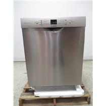 """Bosch 300 24"""" 46 dBA 4 Wash Cycle Full Front Console Dishwasher SGE53U55UC"""