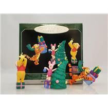 Hallmark Miniature Ornaments 1998 Tree Trimmin' Time - Winnie the Pooh - QXD4236
